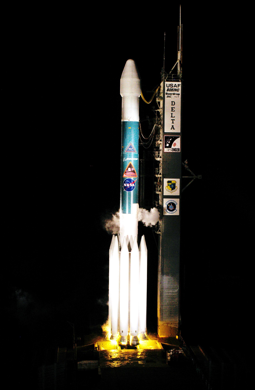 messenger spacecraft lift off - HD1965×3000